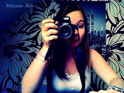 J'ai peur d'être normal d'être moyen ni trop mal ni trop bien j'crois que j'sers à rien.