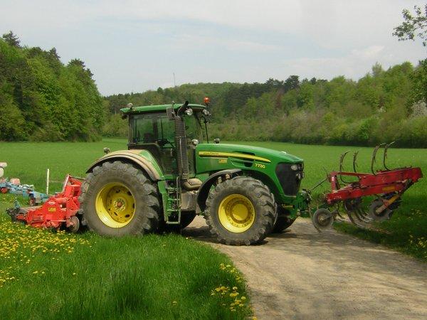 preparation des terre et semi de mais 2013 chez vinsent bouche