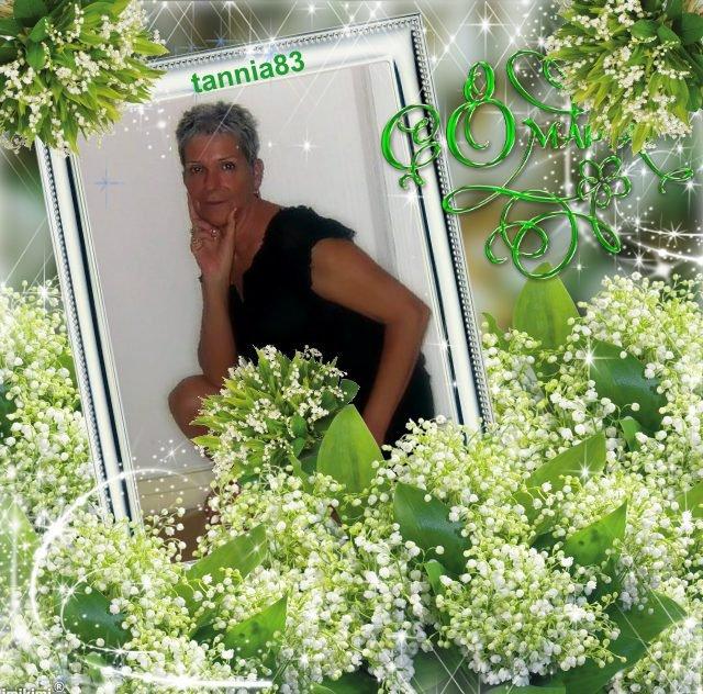 CADEAUX POUR MA BICHEDU54 JE SAI QUE TU ADORE LES FLEURS BIZZZZZZZ TANNIA !!!!!! MERCI A TOI MA DOUCE AMIE TANNIA83 POUR TES SUBLIMES CREATIONS TROP BELLE MERCI MERCI JTADORE GROS BISOUS BICHEDU54