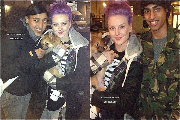 . Le 17 Janvier 2013 ▬▬ Des fans ont eu la chance de rencontrer les filles dans la soirée à Londres. .
