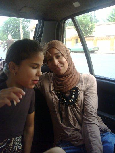 mounia  and khadija