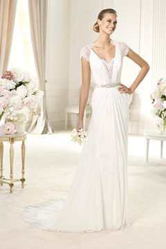 Who always wear the gorgeous Chiffon Wedding Dresses