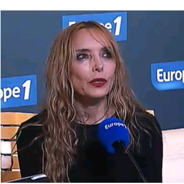 INTERVIEW EUROPE 1 (2012)