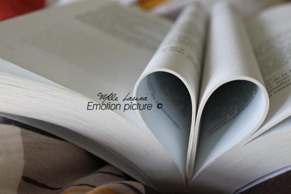Tu lis en moi comme dans un livre ouvert ... Canon Eos 500d