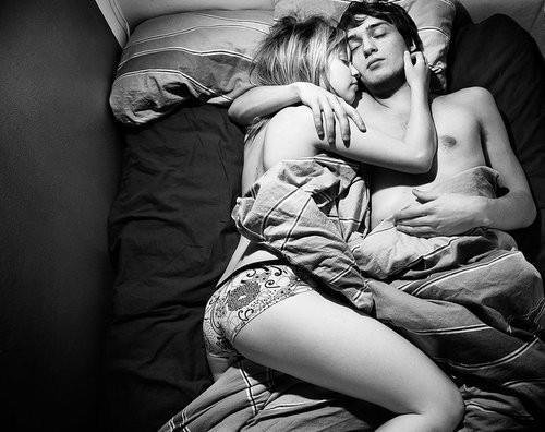 Dormir avec lui..♥