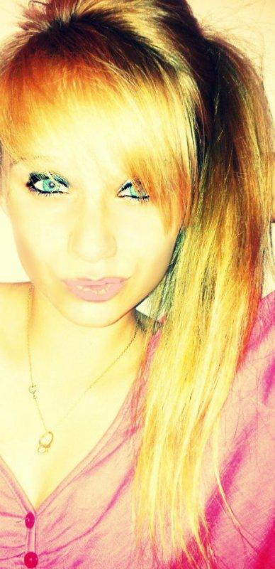 Tu disais toujours que tu voulais pas me perdre, pourtant tu m'as perdus et tu m'as même pas retenue.