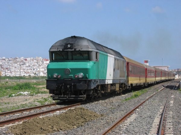 DF-120 à Tanger-Ville
