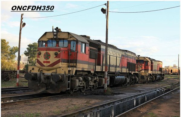 DH351 + DH365 au depot d'Oujda