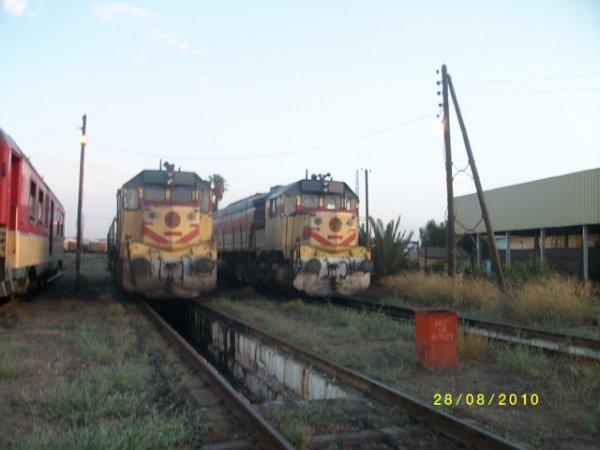 DH 374 + DH 372 au depot d'Oujda..........Par Moi