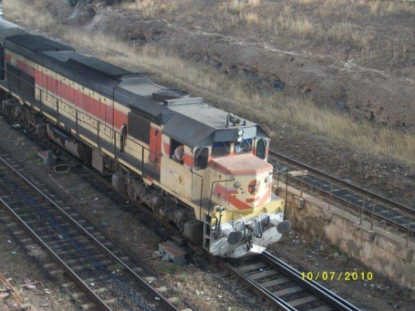 DH 371 Oujda-Tanger à la gare d'Oujda