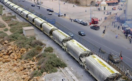 Train de Phosphates entre Casablanca et Khouribga