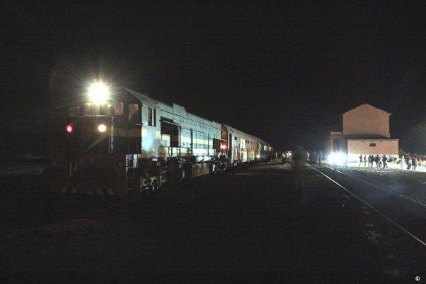 "DK 559 "" Oriental Desert Express "" Oujda-Bouarfa à Bouarfa"