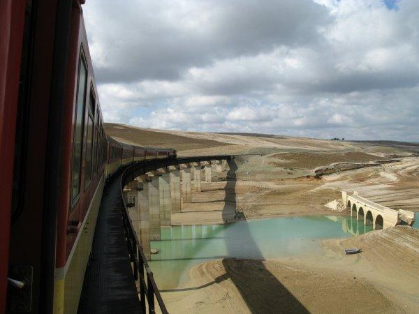 DH 370 ligne Oujda-Fes au barrage Idriss 1er