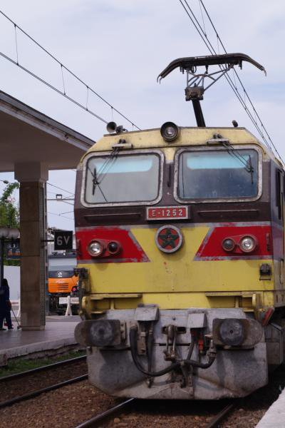 E 1257 à Casablanca-Voyageurs puis à Meknes-Ville