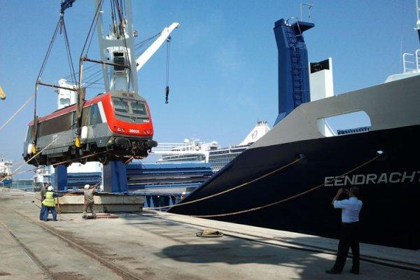 BB 36005 arrivée au port de Casablanca le 12/09/2012 / Welcome :D