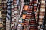 Écharpes, foulards, chèches... Habillez votre cou !