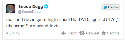 * MTV MOVIE AWARDS 2012 Le 3 juin, Wiz Khalifa était présent à la cérémonie et y a performé son nouveau single, Work Hard Play Hard. J'ai cherché partout la vidéo mais elle y est que sur mtv.com et ne marche pas donc voilà quelques photos : *