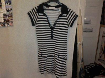 Robe rayée noire et blanche, Jennifer, prix 5 euros