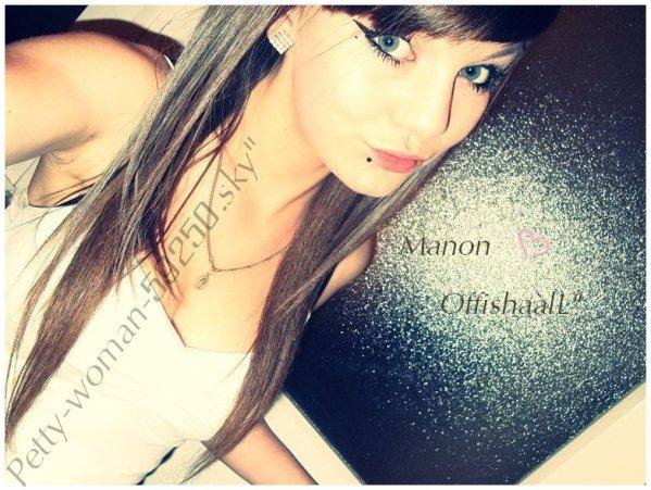 Manon sur Sky'