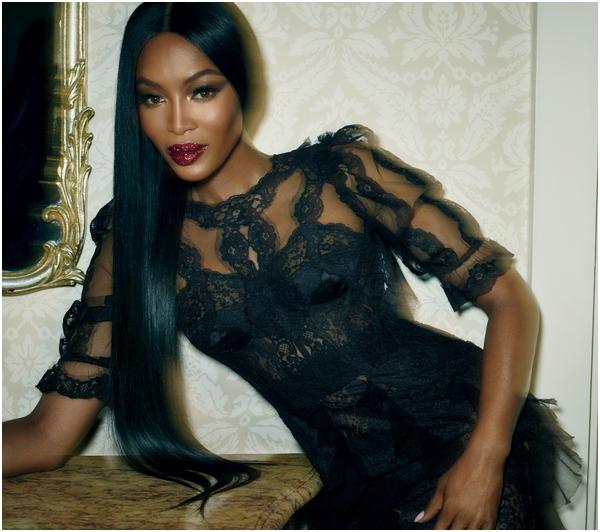 Campbell-Naomi  fête aujourd'hui ses 47 ans, pense à lui offrir un cadeau.Hier à 00:00