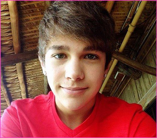 Austin Mahone (l)