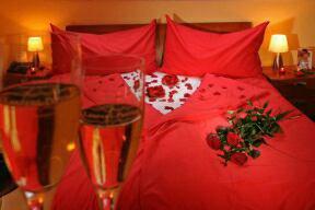 Bonne soirée les amis très romantique j'adore