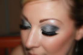 maquillage de soirée 2 couleurs + faux cils