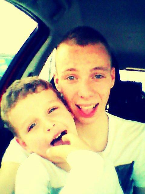 Avec le petit cousin :p
