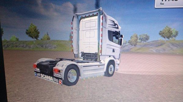camion du jeux farming simulator 2013 de mon fils