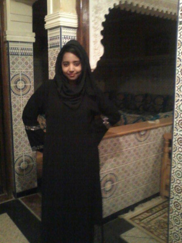 al7ayatou jamila liana al5yra mawjoud fi 9ouloubina