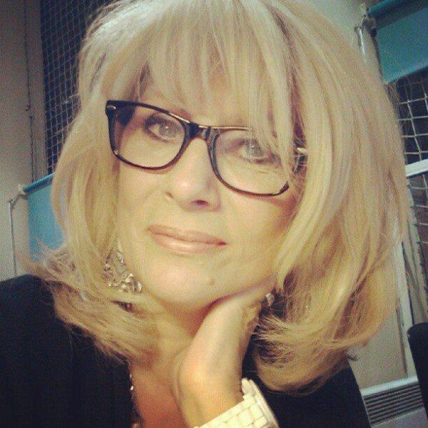 EVELYNE ADAM MON ANIMATRICE PREFEREE TOUTES LES NUITS SUR FRANCE BLEUE //////////////////////////SON GRAND AMI LOICK    DUVALL    ******************************************************************************
