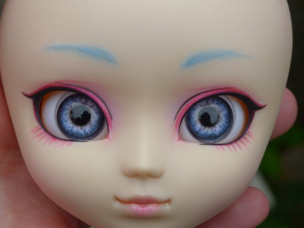 * CustoDolls* Make up  pour Miss Kiwi Partie 2