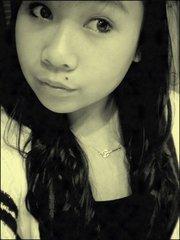 Charmaine ; 15 ans ; Hong Kongaise & fière ♥.