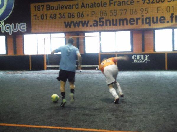Tournoi de foot5 à St Maximin organisé par le CSLG Chantilly 05/02/16