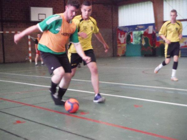 Match amical futsal à Pas en Artois 23/06/16