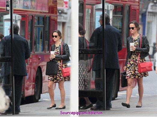 07/07/2011  Pippa dans Londres