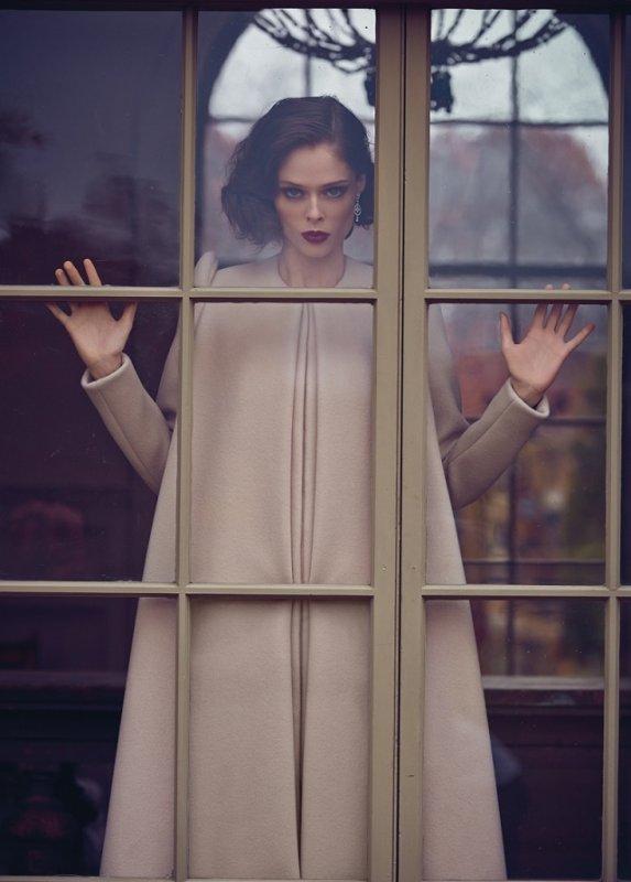 """""""Chaque conscience n'est qu'une fenêtre par laquelle l'univers se regarde lui-même."""" Alan Watts"""