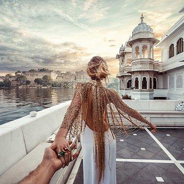 """""""L'amour ignore sa profondeur jusqu'à l'heure de la séparation."""" ― Khalil Gibran"""