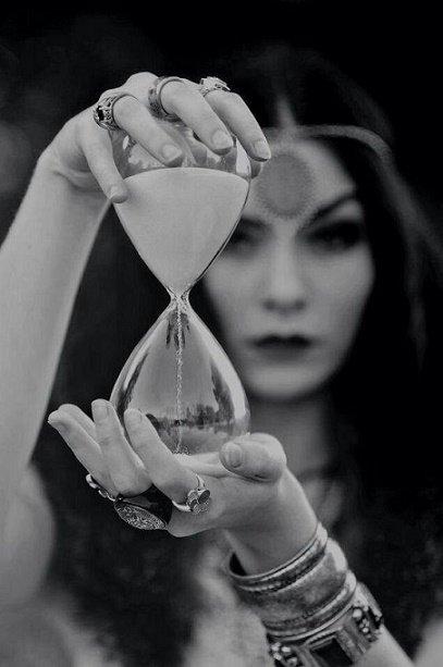Le temps s'écoule sans faire de bruit.  – Gabriel Garcia Marquez
