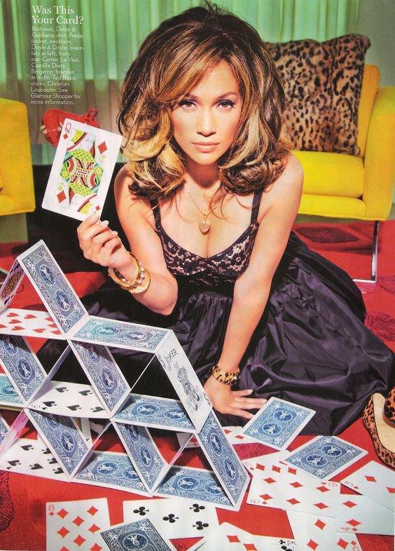 Le destin bat les cartes mais c'est nous qui les jouerons…    _Bernard Moitessier
