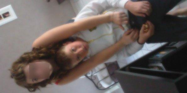 _` MƋ REPUT ME COLLE Ƌ LƋ PEƋU J'SUiS LOiN DES FiƋNCƋiLLE ‹/3 (2010)