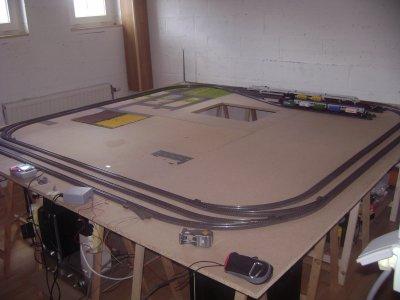 Changement de circuit (plus prêt du bord) + espace de stokage a l'interieur du circuit.