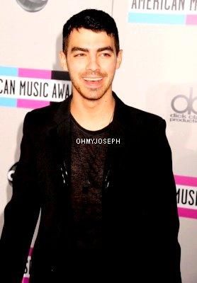 Le 20/11, Joe était au American Music Awards 2011 à Los Angeles