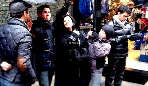 Le 20/01, Joe à été vu en train de se baladé dans les rues de Manhattan