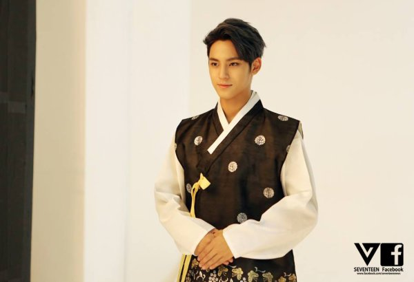 BOYSBE Photos Facebook Hanbok #3
