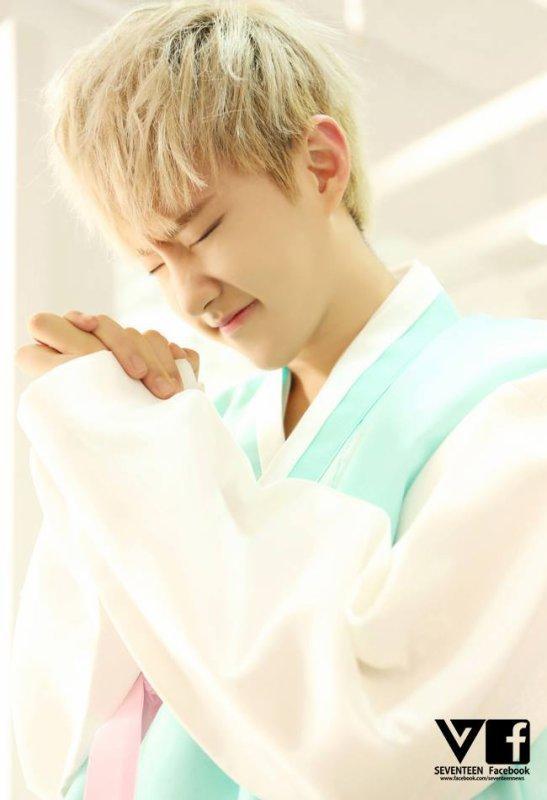 BOYSBE Photos Facebook Hanbok #3