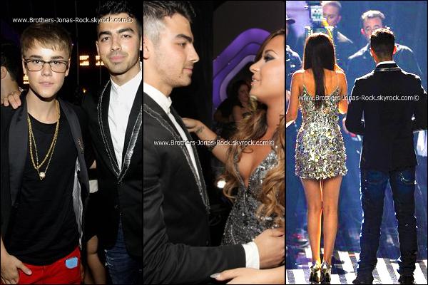 . 28/08/11 : Joe assiste au « MTV Video Music Awards 2011» qui ont eu lieu au Nokia Théatre, à L.A.Top ou flop ?! On peut remarquez que Joseph & Demi s'affichent enfin ensemble.. Heureux ou pas pour cette réconciliation ? .