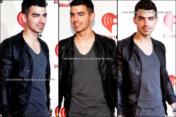 . 23/09/11: Joe était au festival de musqiue « iHeartRadio » qui a eu lieu au Garden Arena à Las Vegas.  .