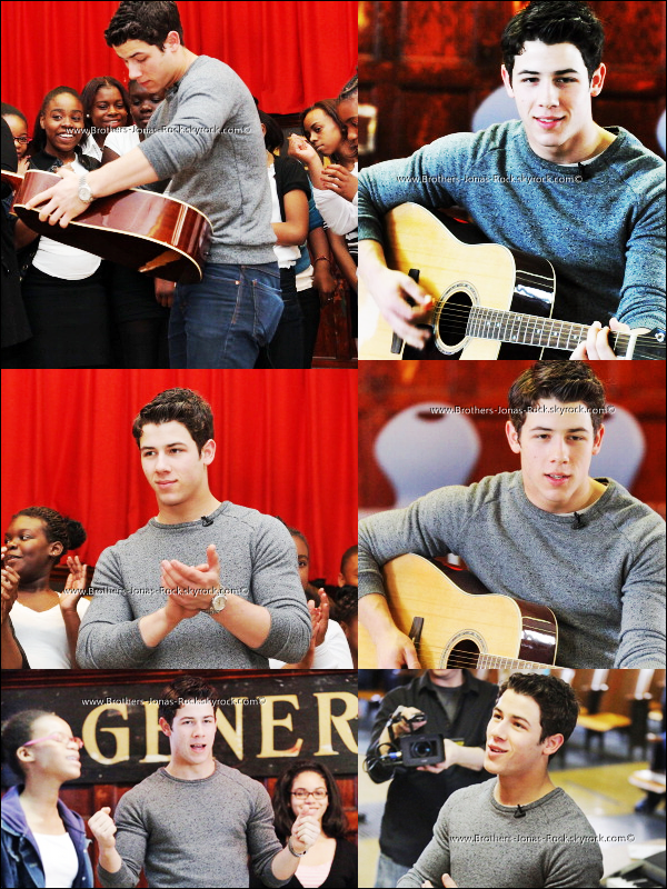 . 27/04/12 : Nick rend visite aux élèves du college MS 61 à Brooklyn pour le Broadway Junior Program, à  New York.  .