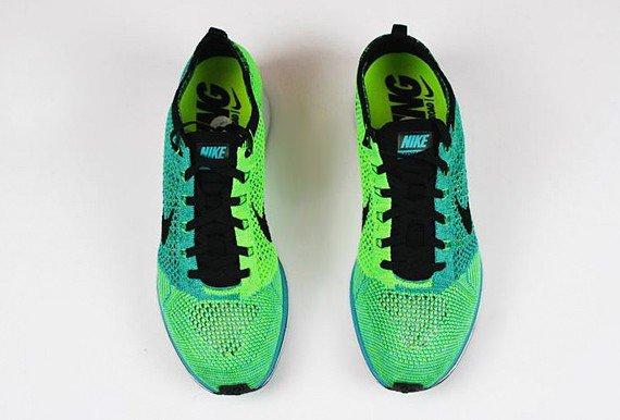 ✴ Revue : Nikes. ✴